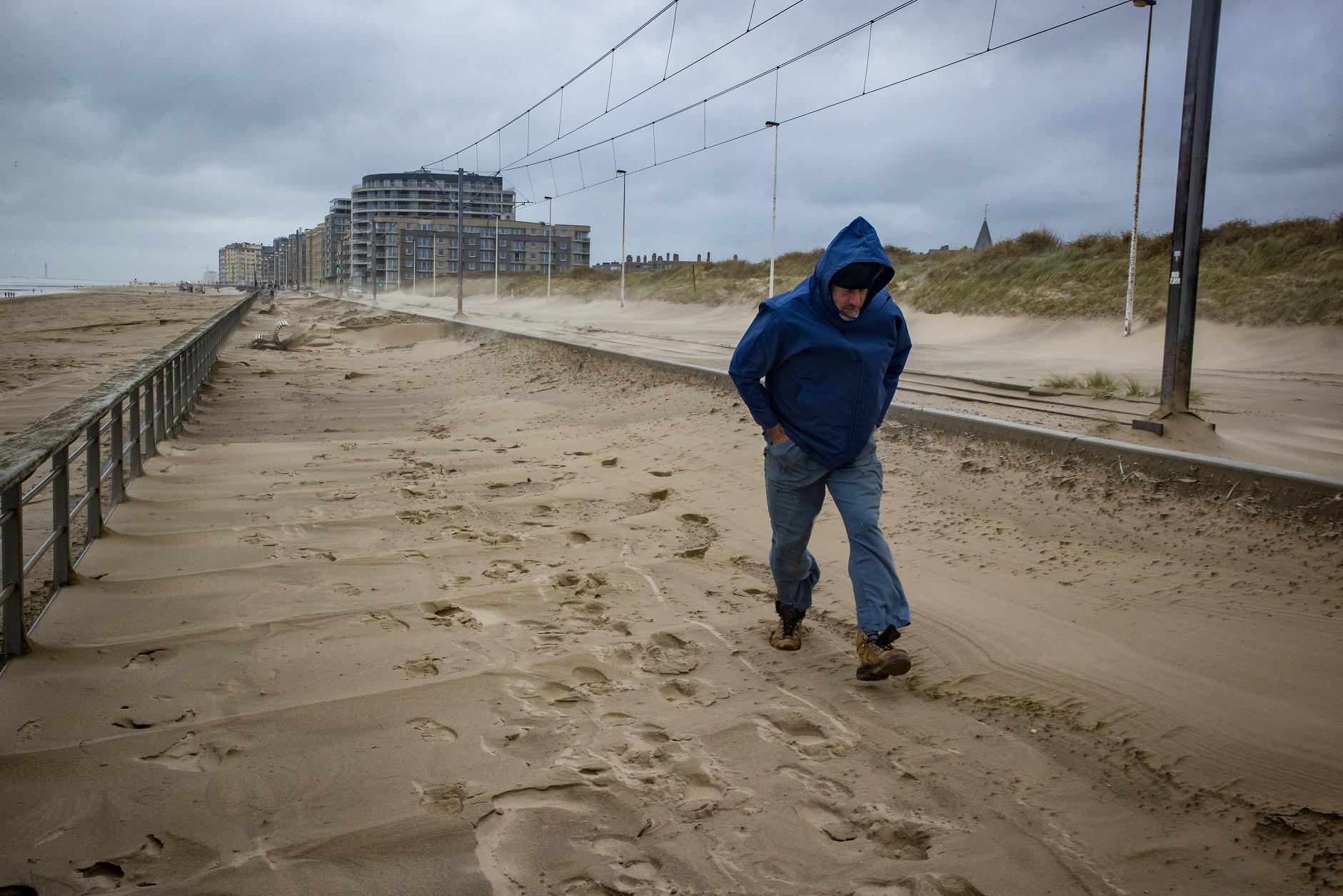 Storm Odette wreaks havoc in East and West Flanders