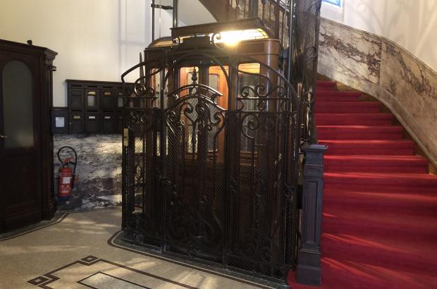 One of Brussels's historical elevators (BELGA PHOTO)