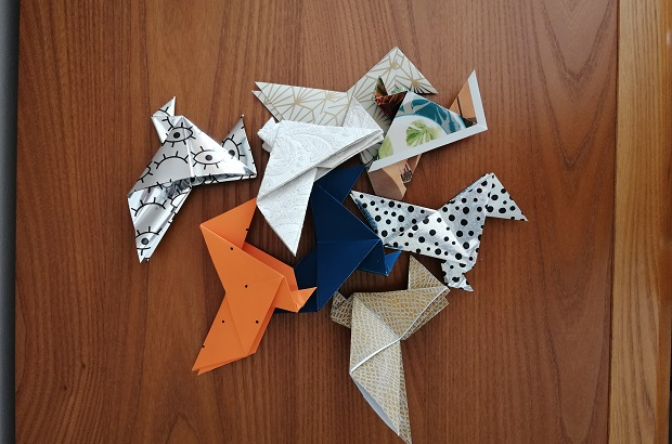Make origami fundraising Covid-19 special care unit