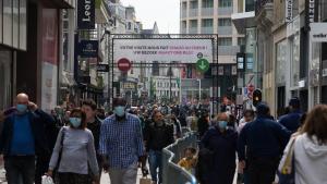 Illustration picture shows people on the Nieuwstraat/ Rue Neuve shopping street in Brussels, Saturday 16 May 2020. (BELGA PHOTO NICOLAS MAETERLINCK)